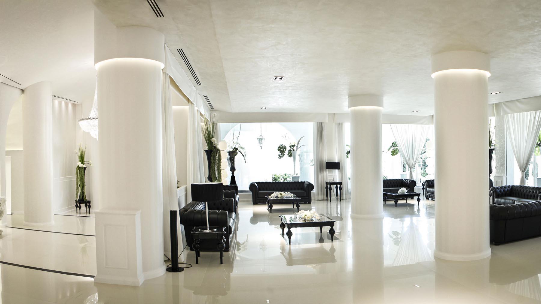 Dea-Ebe-Black-e-White-in-stile-chanel-(6)